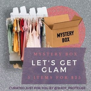 MYSTERY BOX WOMENS LARGE GLAM 5/$25